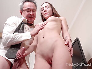 Major Old Teacher - Hottie sucks dick to pass a test