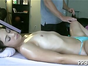 Exciting massage from suggestive hunk