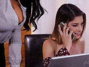 Calm down Honey, I don't absence to be your girlfriend! - Romi Rain & Kristen Scott